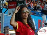 EURO-08-SELLact-Stadion-Fans-Bella-Chica_001